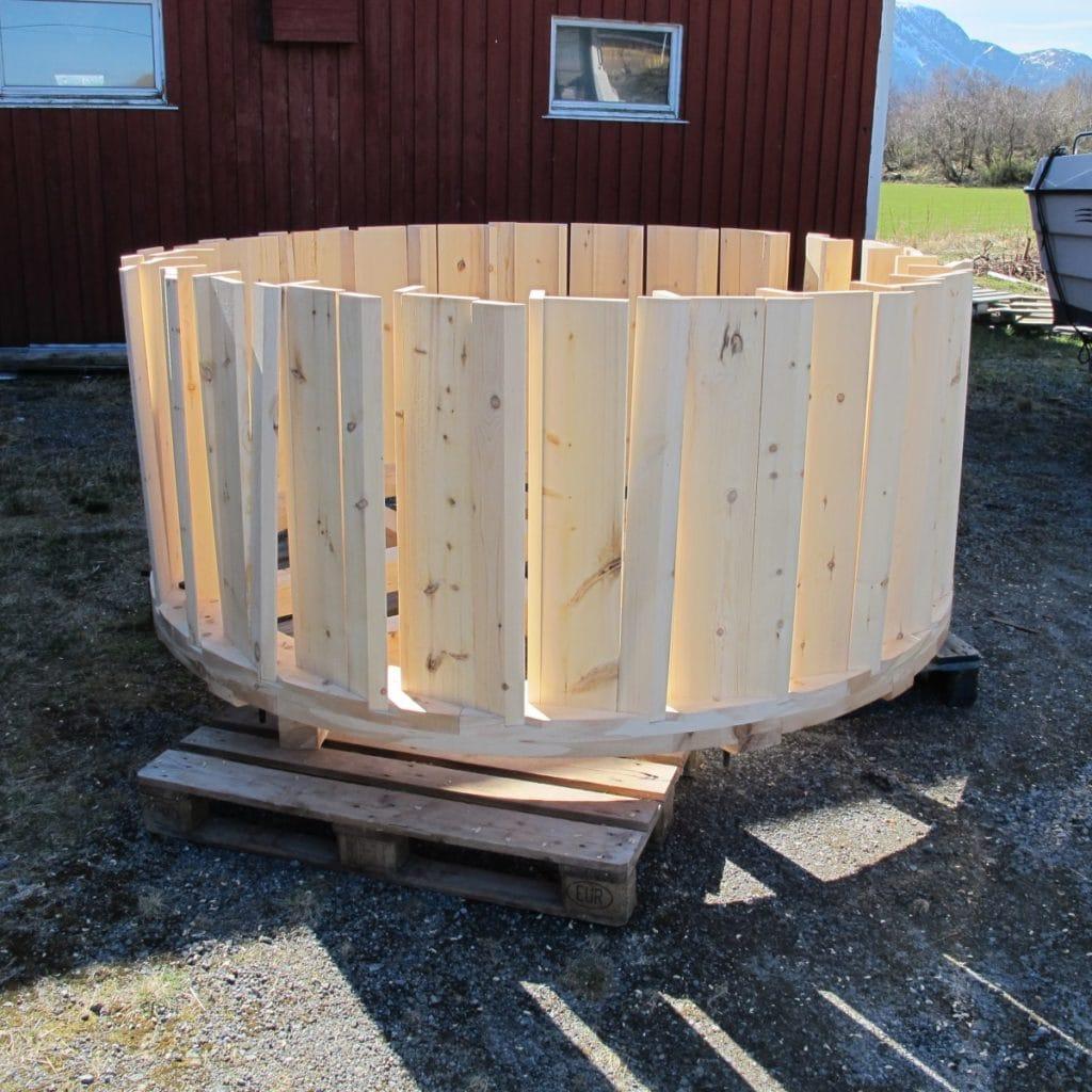 monterte skovler på vannhjul